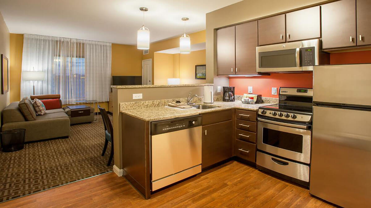 TownePlace Suites Minneapolis Hotel kitchen