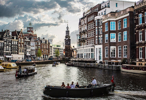 Top Rated Hotels in Amsterdam